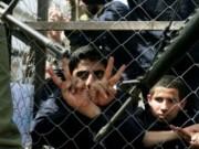 برومو يشرح أوضاع الأسرى المرضى في سجون الإحتلال الإسرائيلي في ظل إهمال طبي
