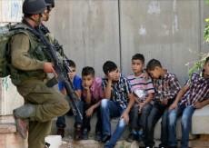 نادي الأسير عشية يوم الطفل العالمي: الاحتلال اعتقل أكثر من (745) طفلاً منذ بداية العام الحالي