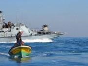بحرية الاحتلال تصيب طفلتين بالرصاص وتهاجم الصيادين قبالة بحر رفح