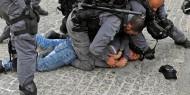 قوات الاحتلال تعتدي على المواطنين وتعتقل شابين في القدس