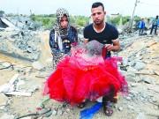 في غزة،،، عروسان تزوجا حديثا وباتوا الآن بسبب عدوان الاحتلال وجرائمه دون سقف يحميهم