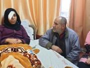 أُصيبت برصاصة قناص اسرائيلي.. الفتاة أبو رويضة تحلُم بعودة عينها!