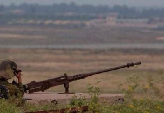 الاحتلال يطلق النار صوب مجموعة من الشبان جنوب قطاع غزة