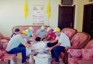 فتح منطقة الشهيد محمود ابو يونس تقوم بتوزيع وجبات غذائية صحية